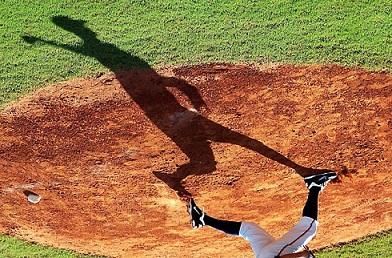 Con esta foto de la sombra del lanzador Andrew Baldwin ganó Jimmy Pirela el primer lugar.