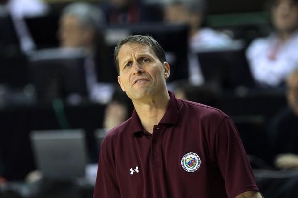 Eric Musselman, DT de la selección nacional de baloncesto.