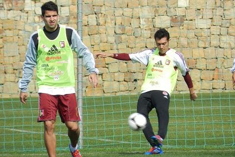 Los capitanes de la vinotinto Tomás Rincón y Juan Arango estarán en el once criollo.