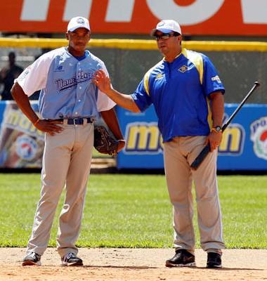 Luis Dorante trabajó la campaña pasada como coach del Magallanes.