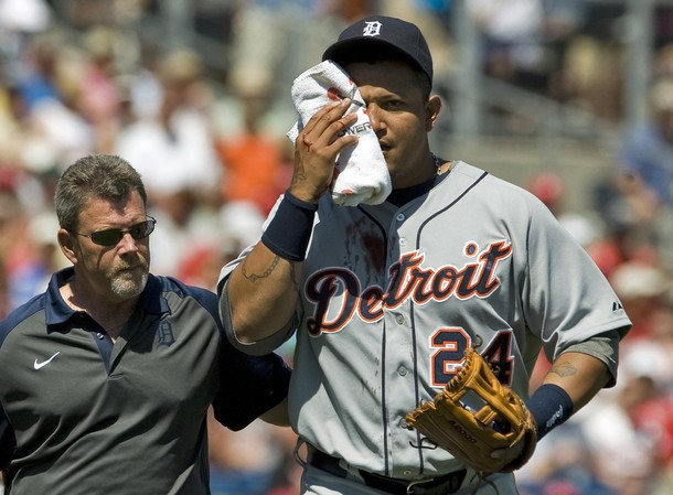 Miguel Cabrera ratificó que usar lentes de sol le ayudó en el golpe.
