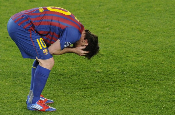 Lionel Messi no pudo esta vez guiar al Barcelona.