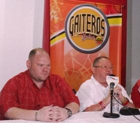 Paúl y Alirio Romero son los propietarios de Gaiteros del Zulia CA.