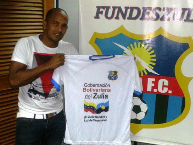 El veterano Dickson Díaz vestirá la camiseta zuliana.