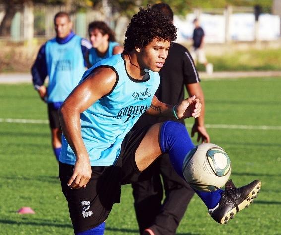 Héctor Noguera, lateral derecho, es la primera baja oficial del Zulia FC.
