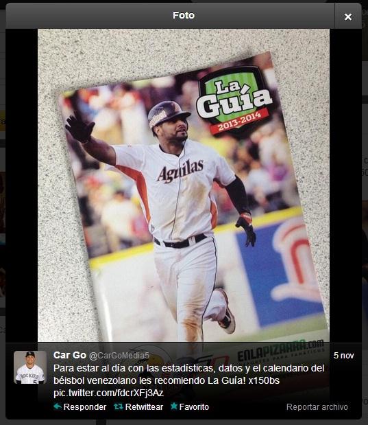 Captura de la imagen y el tweet publicado por Carlos González.