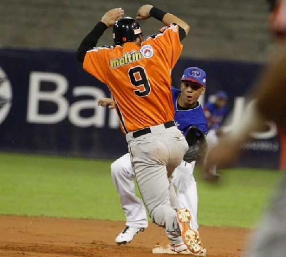 Desde que debutó con las Águilas, González ha estado en las bases.