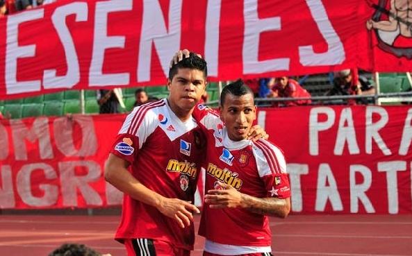 Edder Farías y Rómulo Otero fueron figuras del Caracas FC. Foto: Meridiano.