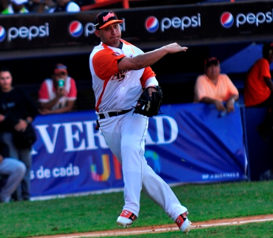 Henry Rodríguez defendió varias posiciones este año con Águilas.