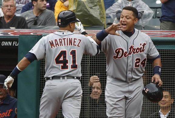 Martínez y Cabrera comandaron la ofensiva de Detroit nuevamente.