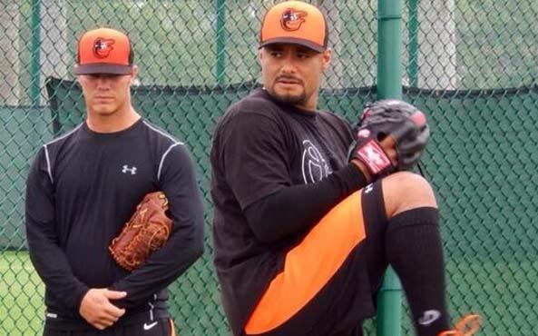 Johan Santana y su agente piensan que los Orioles lo llevan lento.