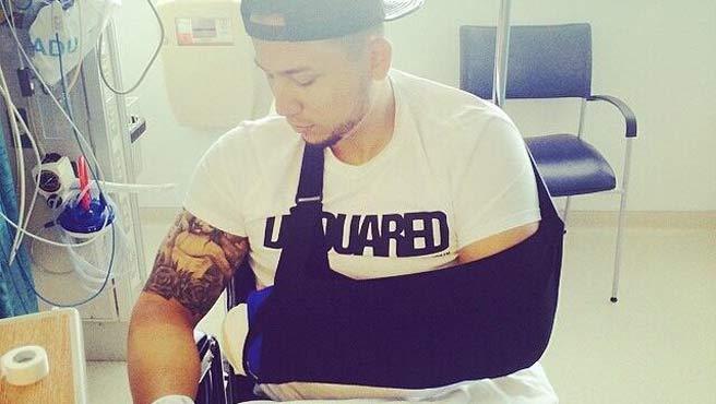 El mismo zuliano publicó una foto luego de la operación. (Foto de @CarGoMedia5)