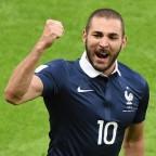 Francia y Ecuador empataron, pero clasificaron