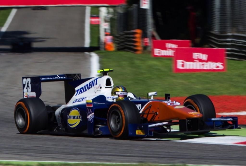 Cecotto no tuvo suerte en la carrera corta.