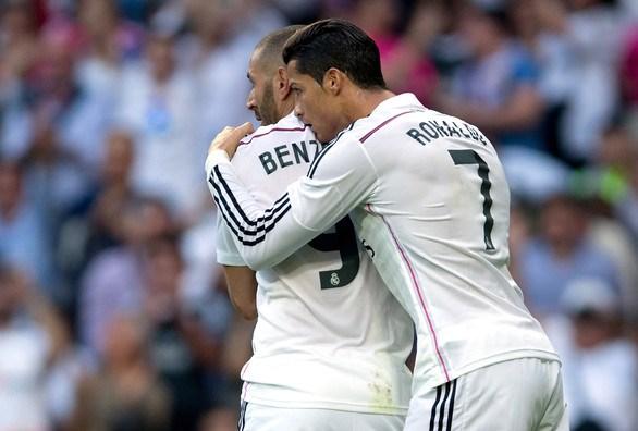 Benzema y Cristiano celebraron el triunfo merengue.