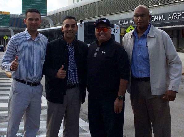 Emil Jiménez, Raúl Moreno, Lesme Severyn (director de operaciones internacionales del VUC) y José Navas ya en Miami.